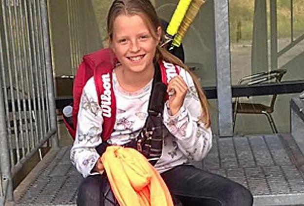 Zoe Helle Du Pasquier Jensen 2.fw