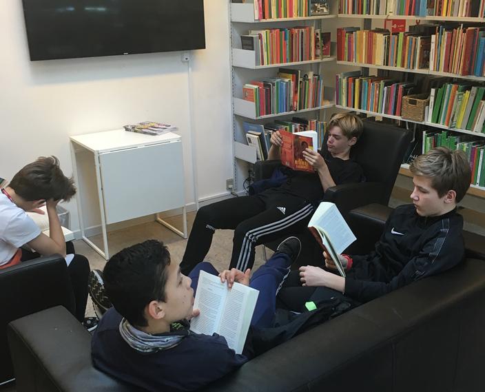 Mellem træningerne: På biblioteket